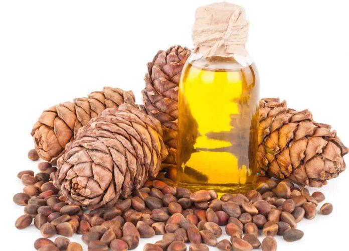 Usos y beneficios del acsencial de pino para la salud