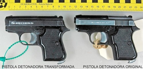 Pistolas de fogueo, la herramienta Yihadista