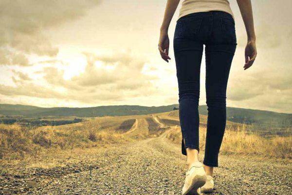 como adelgazar caminando