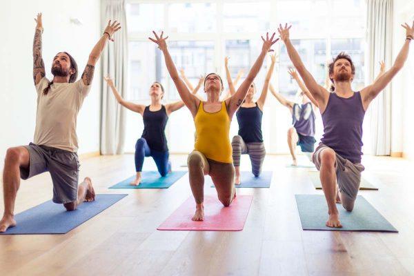 como hacer yoga para adelgazar
