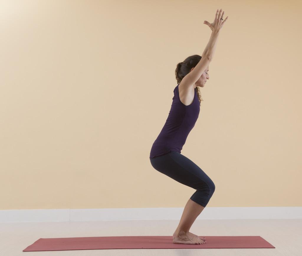 sentadilla yoga