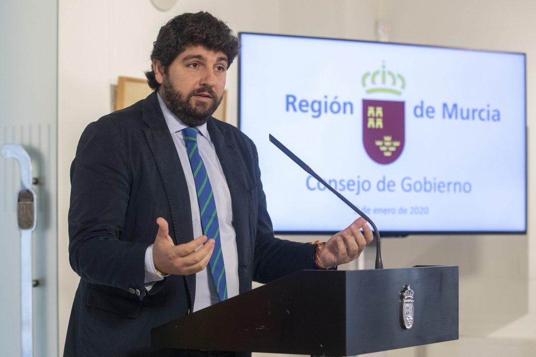 Fernando López Miras en rueda de prensa.