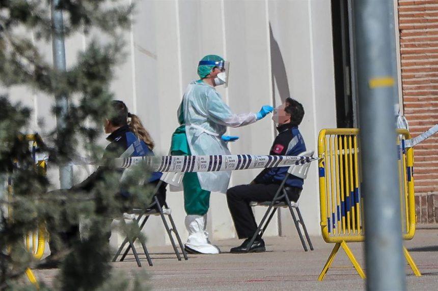 Madrid roza las 2.100 muertes por coronavirus, con 265 fallecidos más
