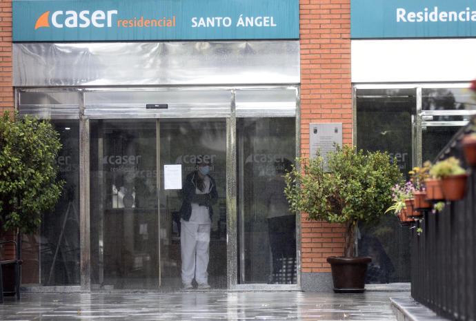 El caos se apodera de la residencia Caser de Santo Ángel