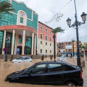 ¿COVID-19 o DANA? La lluvia sorprende a la Región en pleno confinamiento