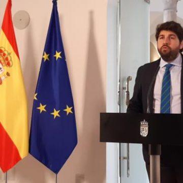 López Miras solicita el cese de toda actividad no esencial, y Sánchez se lo niega