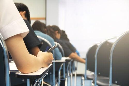 Nuevo modelo de exámen al que tendrán que enfrentarse los alumnos durante la Selectividad 2020