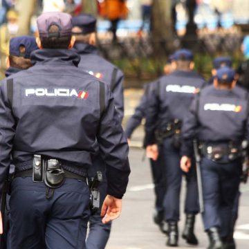 Policía repartirá desde el lunes 10 millones de mascarillas a los que vayan a trabajar en transporte público