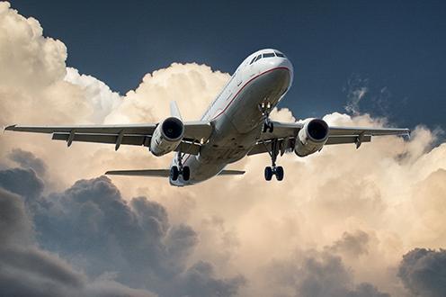 Detectan incumplimientos en la información de las aerolíneas sobre derecho a reembolso