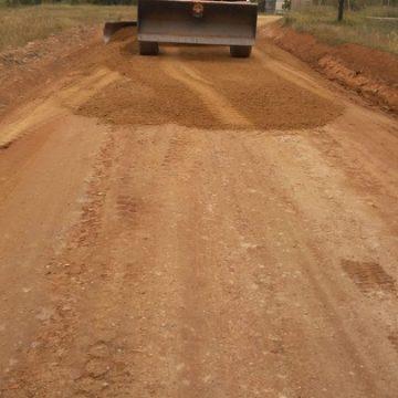 La Comunidad inicia obras para mejorar más de 13 kilómetros de caminos rurales