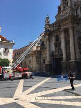 Nuevos desprendimientos en la fachada de la Catedral de Murcia