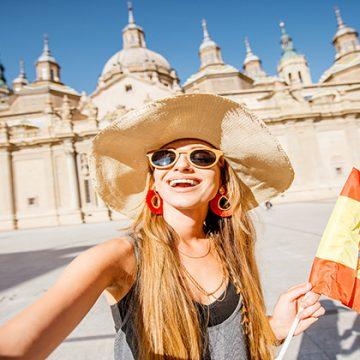 El Gobierno garantiza al sector turístico una temporada de verano con seguridad para los viajeros