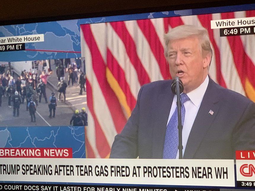 Donald Trump anuncia toque de queda en EEUU tras las protestas ocasionadas en la nación