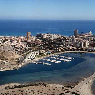 Una aplicación web muestra el aforo de las playas de Cartagena en tiempo real