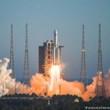 China lanza su nave Tianwen 1 a Marte
