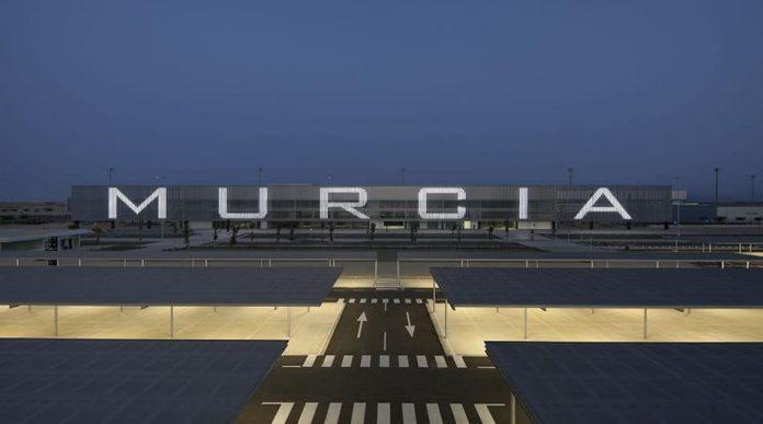 Aeropuerto-Internacional.jpg