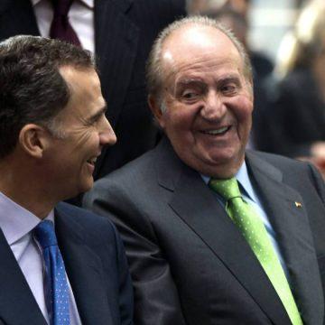 El rey emérito Juan Carlos I anuncia su salida de España