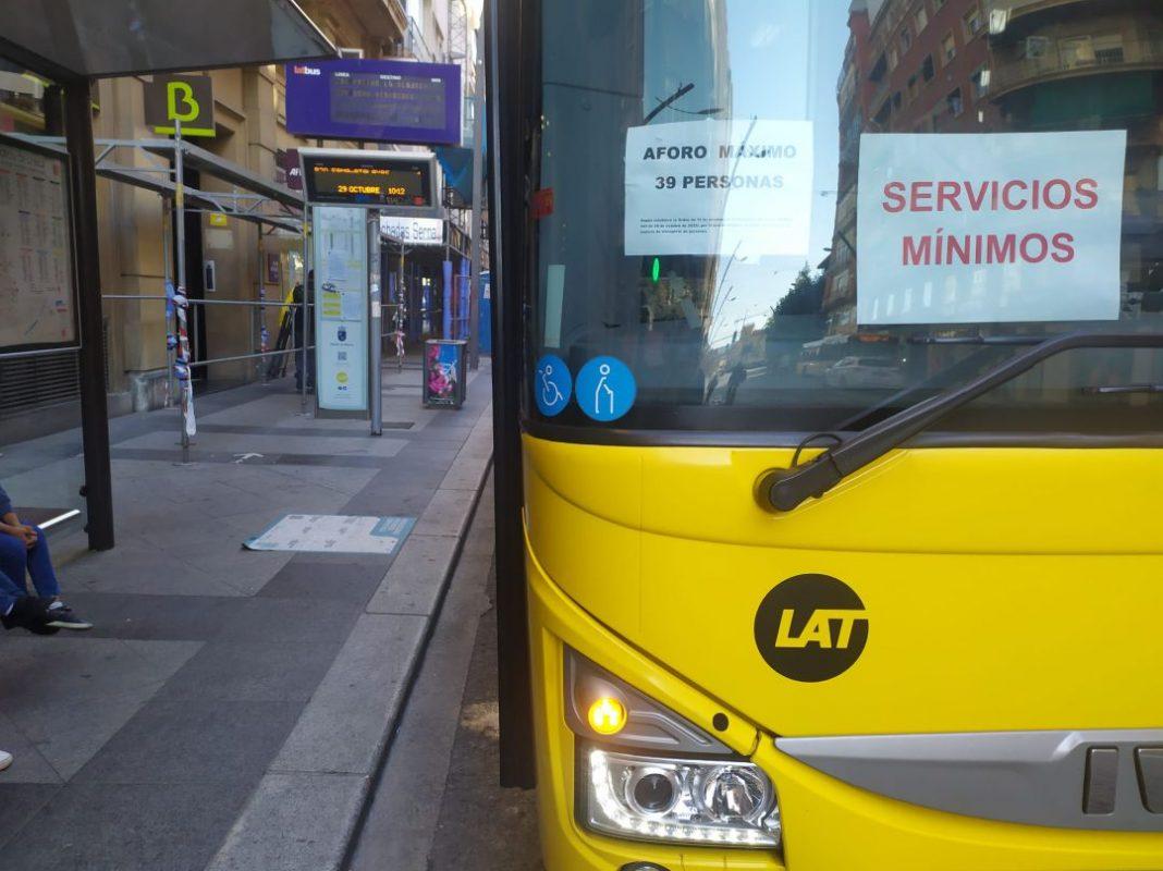 CONSUMUR-pide-a-Latbus-que-informe-de-los-horarios-de-los-servicios-minimos.jpg