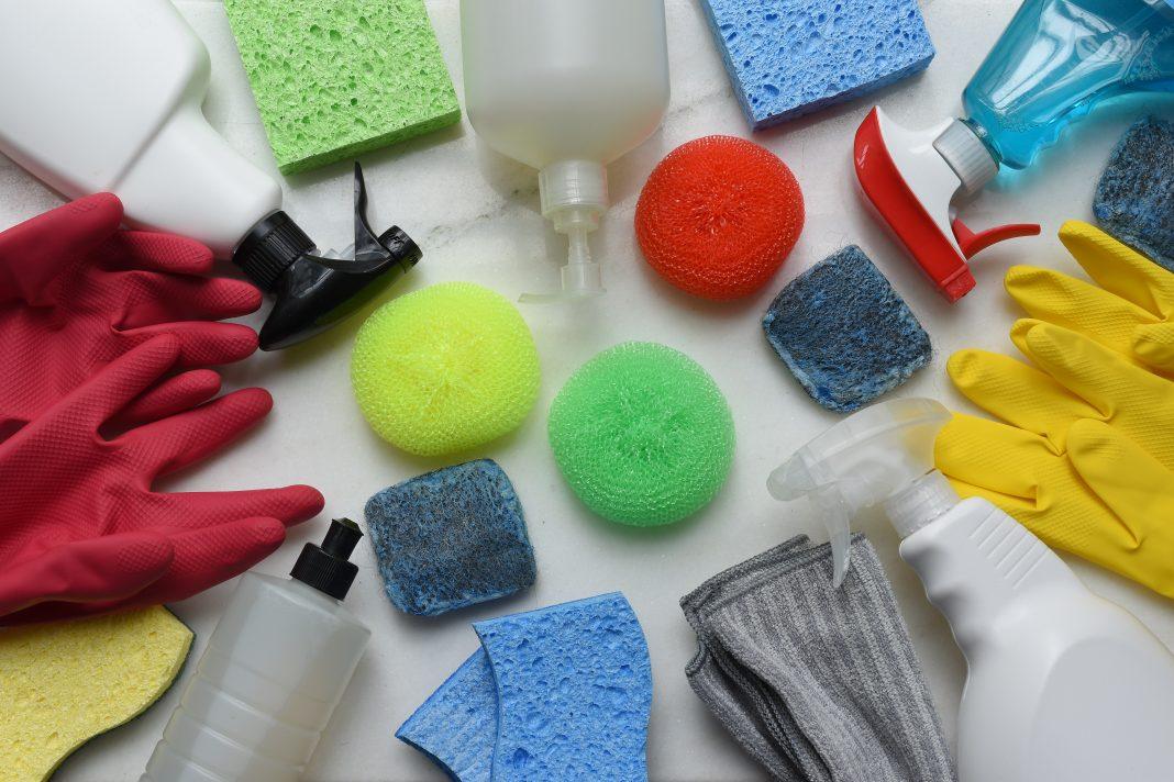¿Cómo ahorrar en productos de limpieza?