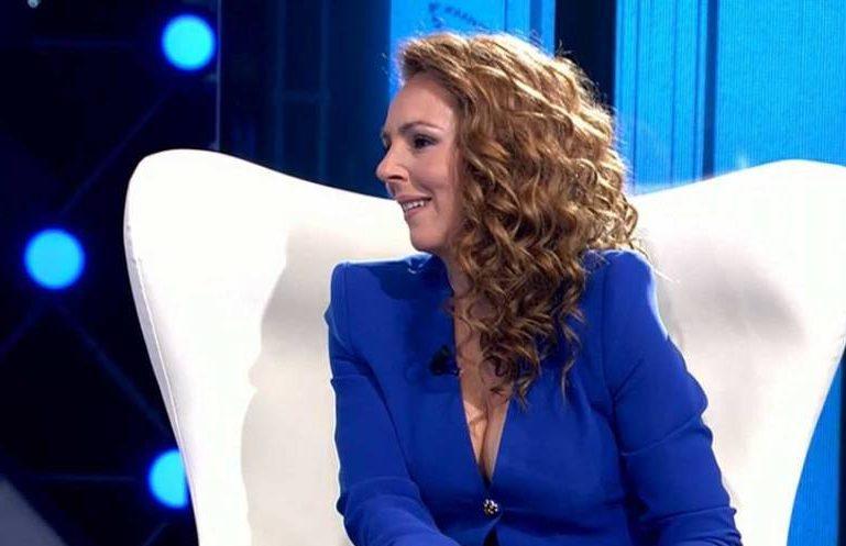 Rocío Carrasco sentada en el plató de Telecinco