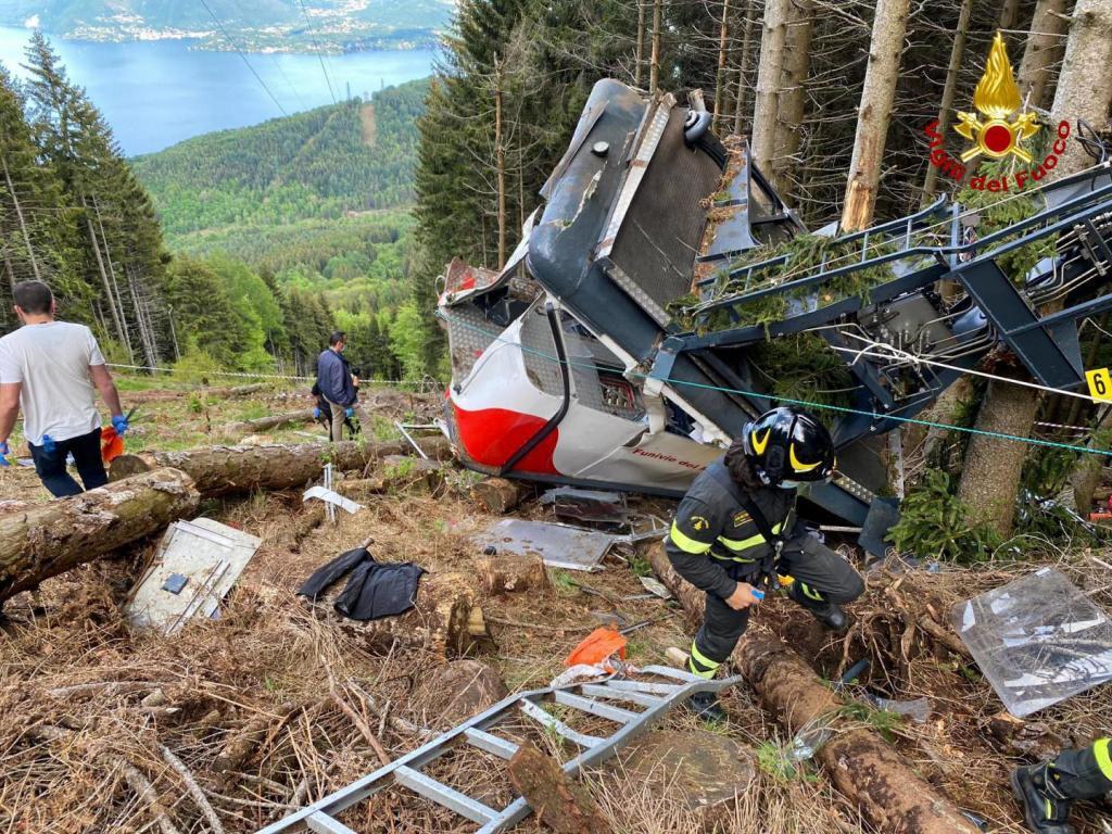 Un niño de cinco años, único superviviente del accidente de teleférico en Italia en el que han muerto 14 personas