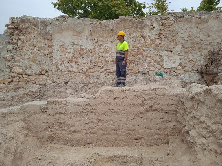 Encuentran una muralla del siglo XV en Cieza durante las obras de un hotel