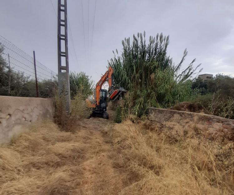 La limpieza y desbroce de las ramblas de Lorca evita que la tormenta del pasado martes produjera daños