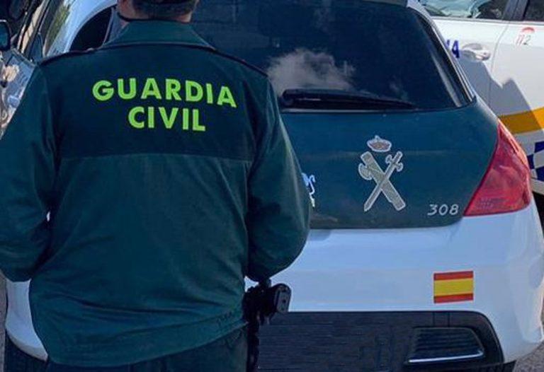 Detenido un joven en Campos del Río por matar presuntamente a su padre con un arma blanca