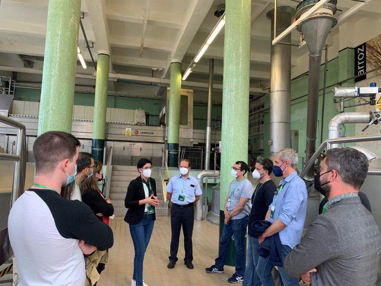 Las visitas a la fábrica de Estrella de Levante incluyen catas con maridaje gastronómico y nuevo contenido virtual